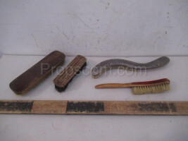 Shoe brushes