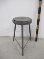 round upholstered metal chair