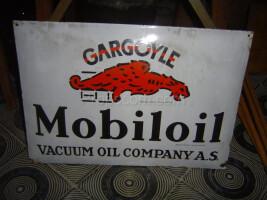 English advertising sign Mobiloil