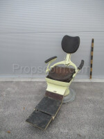 Pull-out reclining chair