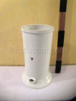 Ceramic cylinder with drain