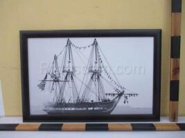 An image of a sailboat