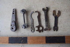 Set of wheel wrenches
