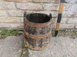 Bucket with forged hoops