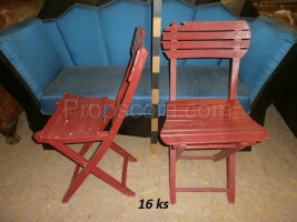 garden wooden folding red chairs